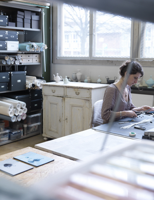 Siba Sahabi im Atelier - Foto: theblogdecocom