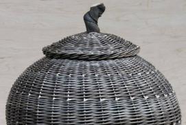 Geflochtene Gebrauchskörbe und Objekte aus einheimischen Materialien von Ralf Eggert