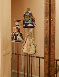 traditionelle Textilpuppen im Showroom von Lindel & Co. | Foto: Schnuppe von Gwinner