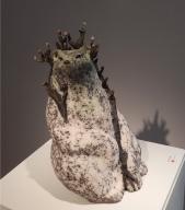 Cecile Aurejac, Steinzeugfigur - - Galerie Collection, Paris   Foto: Schnuppe von Gwinner