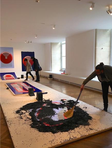 """Marion Pinaffo & Raphael Pluvinage """"Papier Machine"""" ( Laureats Audi Talents Awards 2016 Design) - DDays Musée des Arts Decorativs 2017 - spielend klänge erzeugen, ein interaktiver Parcours. Foto: Schnuppe von Gwinner"""