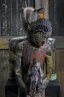 Barbara Polderman, Z.t., textiel, hout, metaal, 160x80x55 cmm
