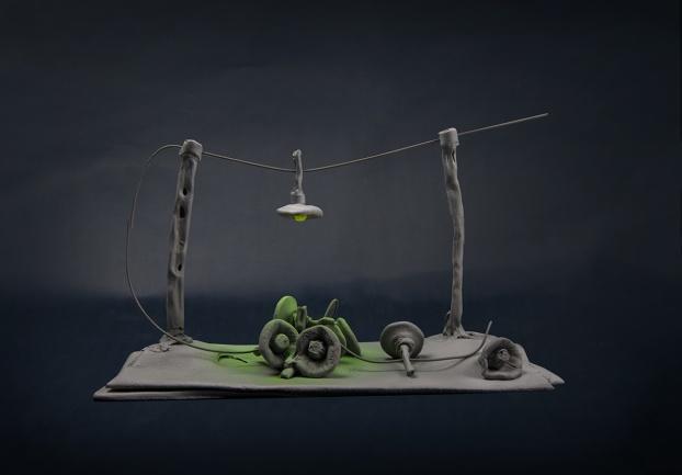 Oliver Mauerhofer (MFA) Light Matter 1| Foto: Hochschule Trier, Fachrichtung Edelstein und Schmuck