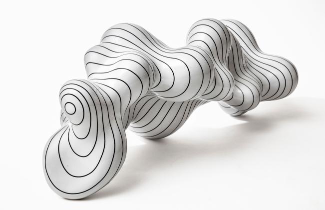 Steen Ipsen: Organic-Movement, L 93, H 35cm
