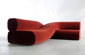 "Nina Edwards, ""Anker Sofa Twist"", 2019 Courtesy of Galerie Philia"