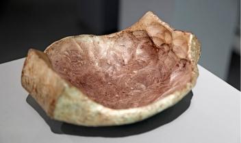 Galerie Biró_Karl Fritsch, Silberschale 5kg Feinsilber