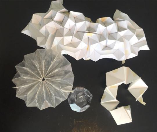 Stine Bidstrup, erste Skizzen als Papierformen