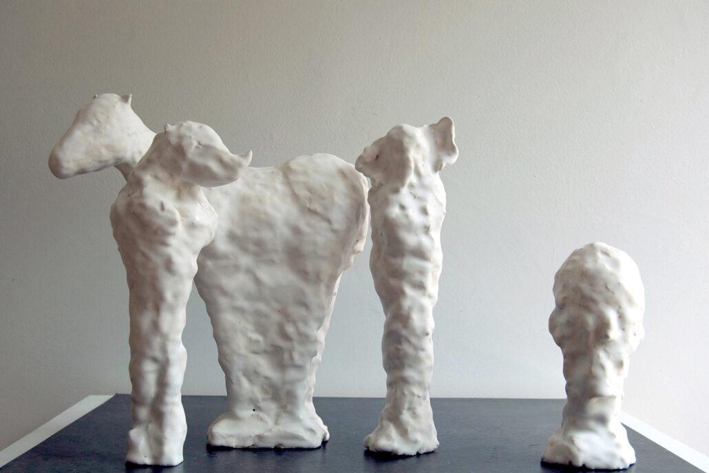 Patricia-Rieger-All-the-Names-galerie-metzger-gallery-ceramic-art-object-keramik-kaufen-plastische-arbeit-1030x687
